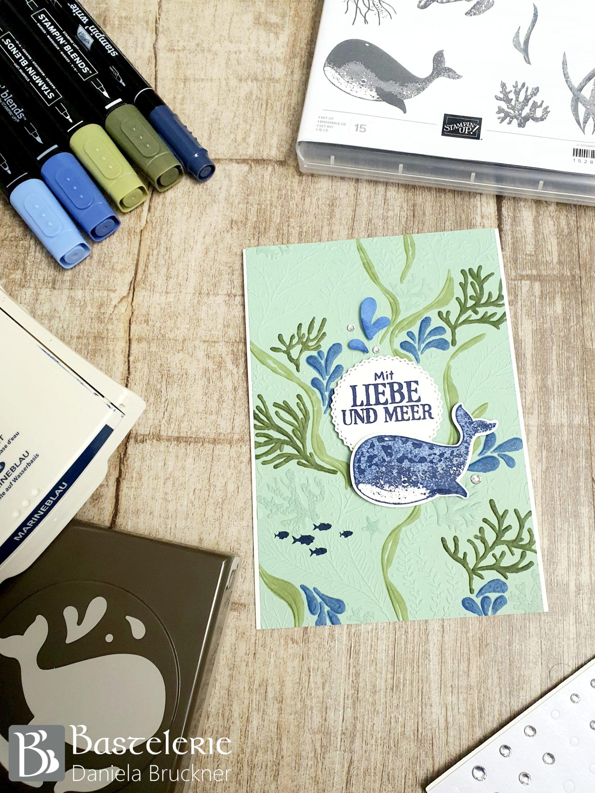 BlogHop-we-fall-in-colours-juli2020-marineblau-waldmoos-minzmakrone_Fantastfisch_1
